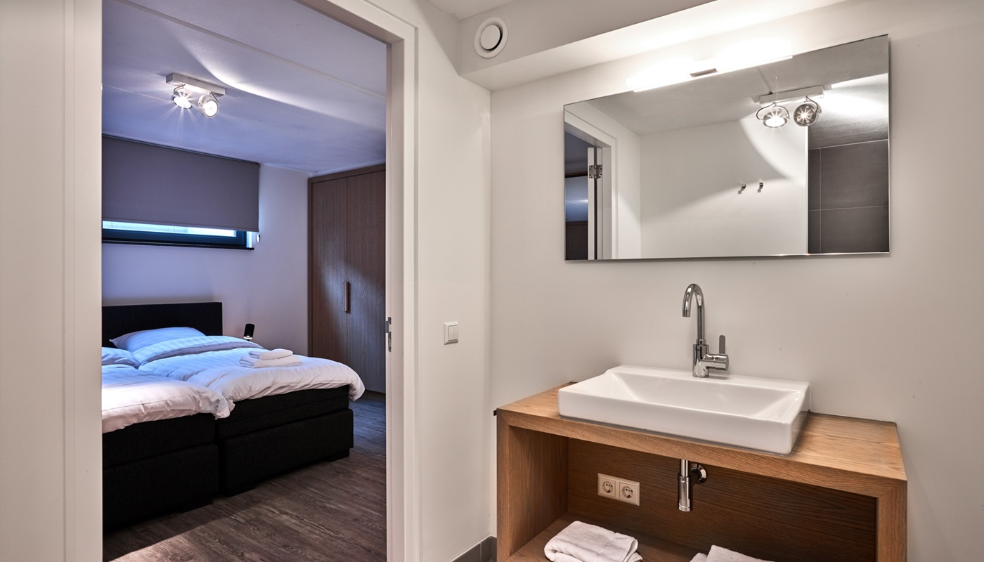 typ 8 personen villa mit jacuzzi und sauna duynvoet 4 jacuzzi sauna. Black Bedroom Furniture Sets. Home Design Ideas