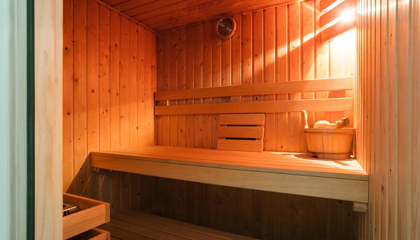 texel 8 personen villa mit sauna jacuzzi duynzoom 4 sauna jacuzzi. Black Bedroom Furniture Sets. Home Design Ideas